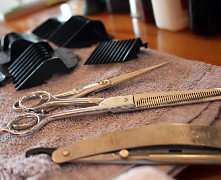 scissors razor and clippers